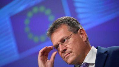 Bruxelas diz que acordo do Brexit deve ser concretizado e não renegociado