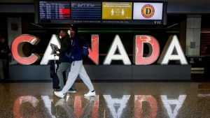 Federal government wants to restore regional flights by subsidizing airlines-Milenio Stadium-Canada