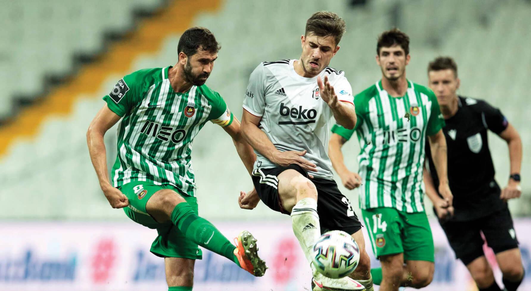 Rio Ave garante play-off na Liga Europa nos penáltis - milenio stadium - portugal