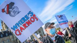 Hundreds of protesting airline workers aim anger at transport minister-Milenio Stadium-Canada