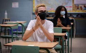 Masks in school-Milenio Stadium-Ontario