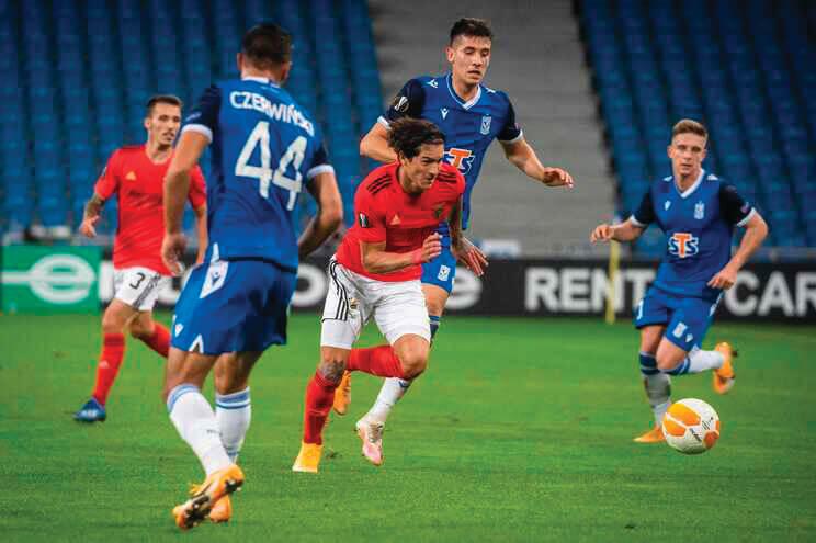 milenio stadium - Futebol europeu Braga e Benfica vencem e Porto perde 1