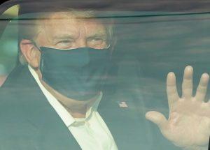 Trump saiu brevemente-us-mileniostadium