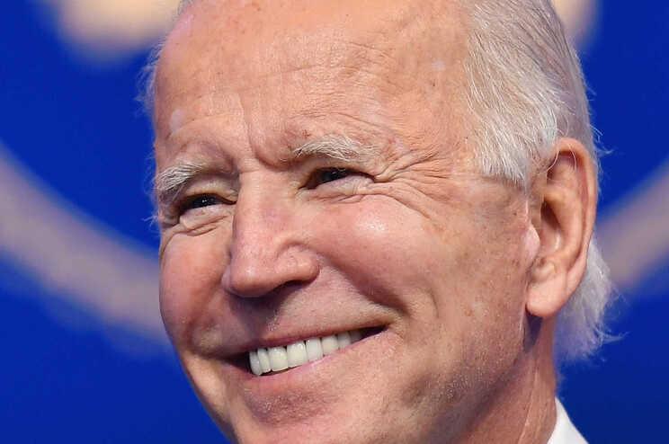 Joe Biden ultrapassa os cinco milhões de votos de vantagem sobre Trump