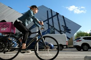 Bike-Milenio Stadium-Ontario