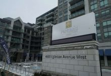 2 GTA retirement homes ban visitors from Barrie in bid to keep out COVID-19 variant-Milenio Stadium-Ontario