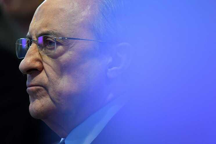 """Florentino Pérez """"surpreendido"""" com campanha orquestrada pela UEFA"""