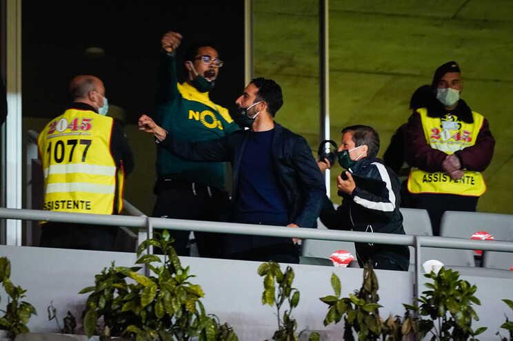 Rúben Amorim explica polícia no camarote e dá mérito aos jogadores