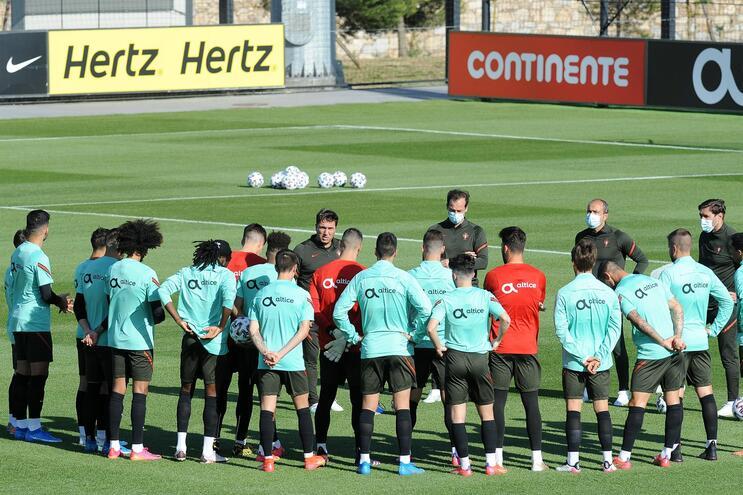Abdu Conté e Filipe Soares substituem Thierry Correia e Trincão nos sub-21