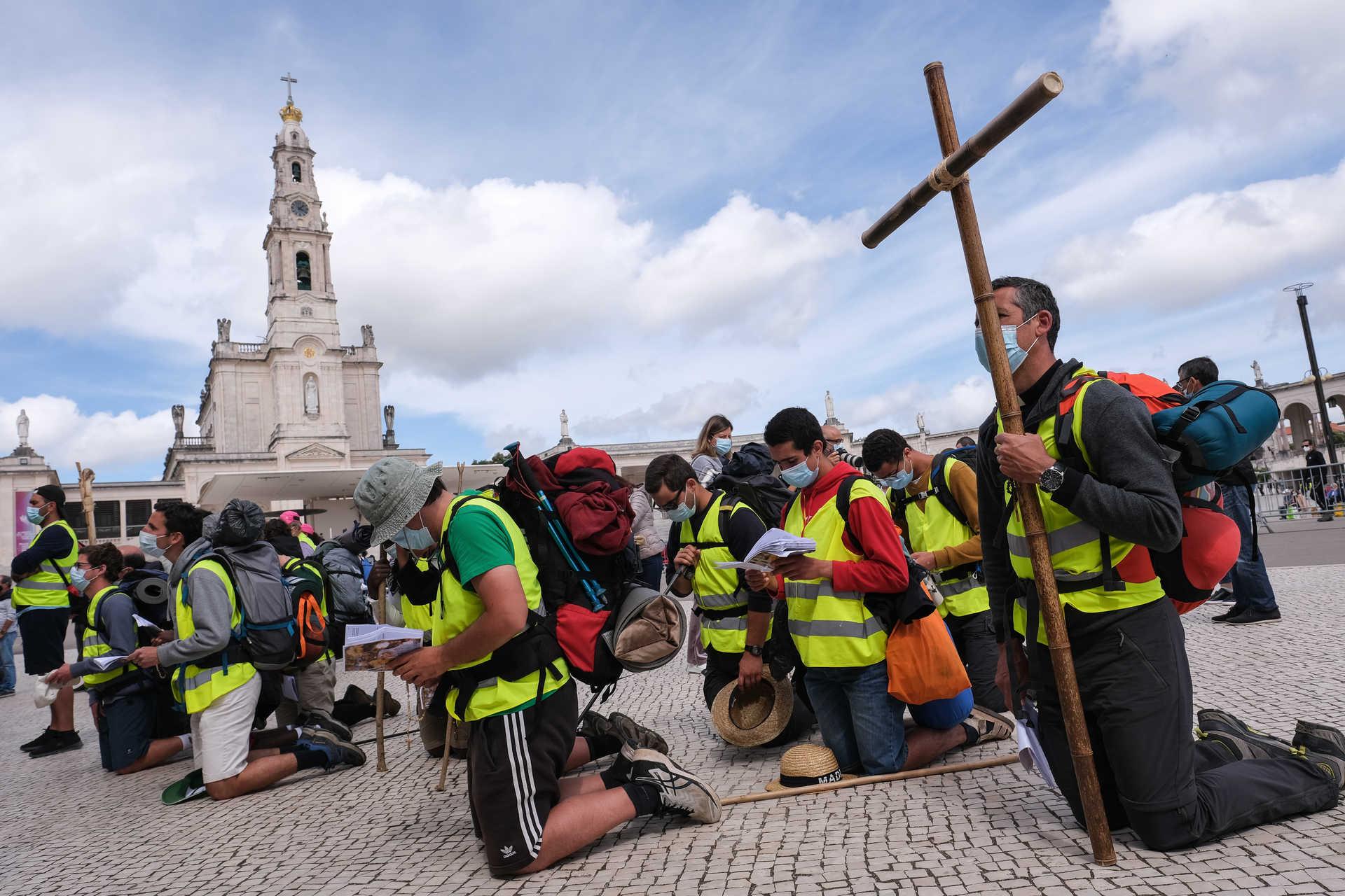Esgotada lotação de 7500 peregrinos no Santuário de Fátima