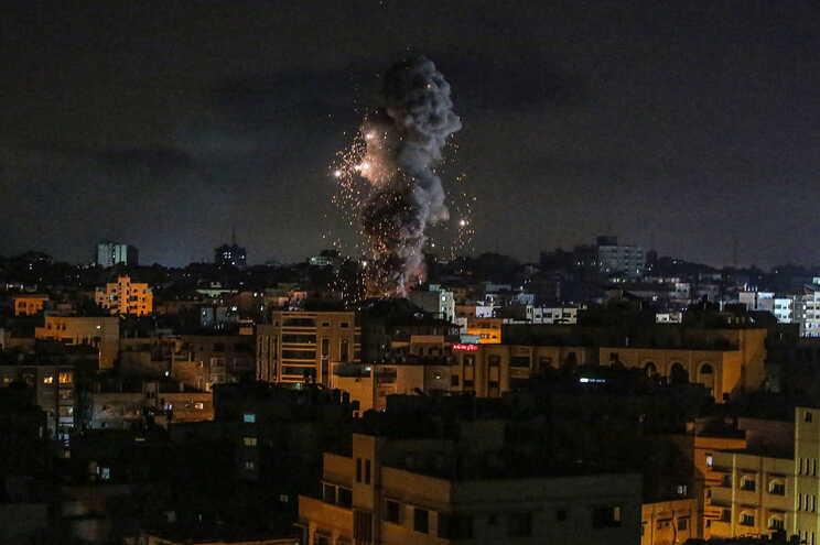 Israel anuncia cessar-fogo na Faixa de Gaza