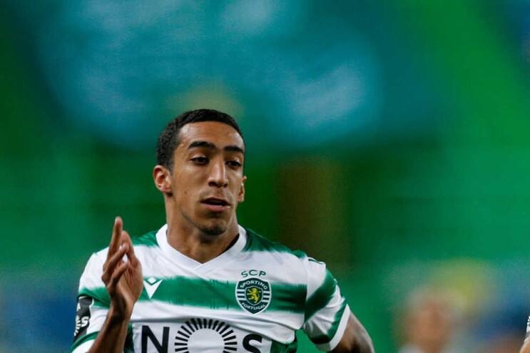 Varandas terá oferecido a camisola 7 a Tiago Tomás mas o jogador recusou