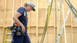 Carpenter faces $15M lawsuit for criticizing sexual harassment comments in construction podcast-Milenio Stadium-Ontario