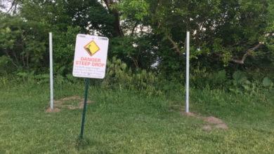 City halts construction of fence in park near Scarborough Bluffs-Milenio Stadium-Ontario