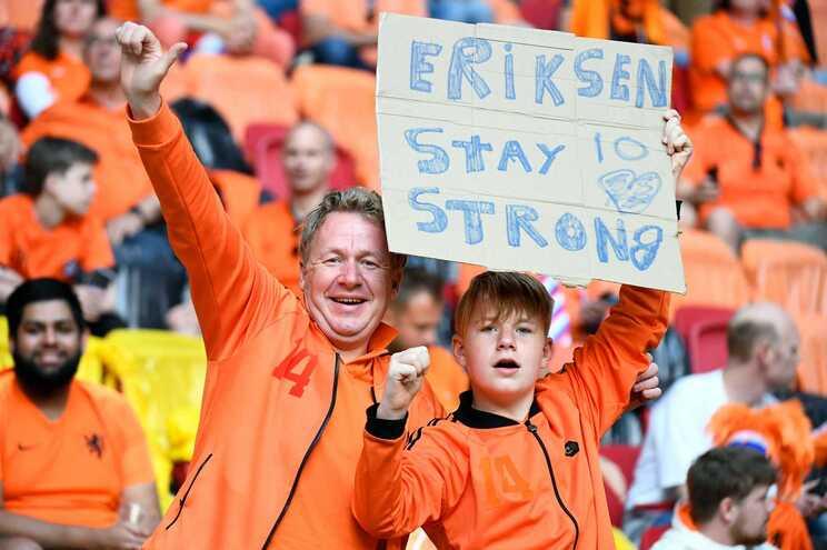 Eriksen-usa-redes-sociais-para-dizer-que-esta-bem-e-a-torcer-pela-Dinamarca-milenio-stadium-desporto