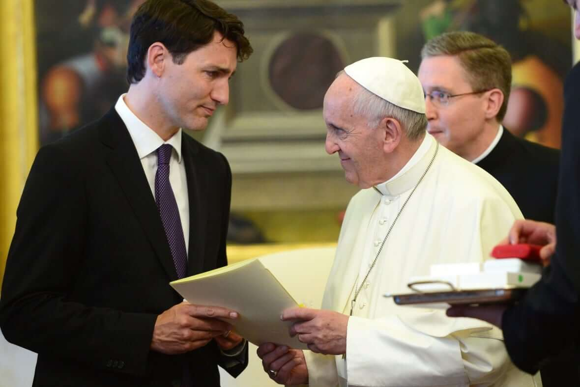 Prime Minister Justin Trudeau meets with Pope Francis in 2017-Milenio Stadium-Canada