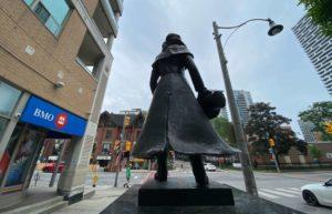 Statue of Alexander Wood-Milenio Stadium-Ontario