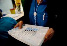 UE propõe licenças obrigatórias, mas rejeita suspensão das patentes de vacinas