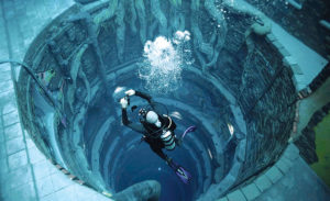 Piscina mais profunda do mundo-dubai-mileniostadium