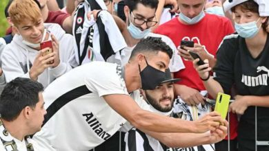 Cristiano-Ronaldo-regressou-a-Juventus-e-passou-algum-tempo-com-os-fas-milenio-stadium-desporto