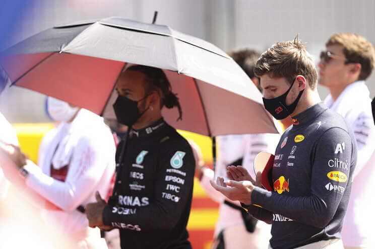 F1-FIA-e-Mercedes-condenam-22abusos-racistas22-a-Lewis-Hamilton-milenio-stadium-desporto