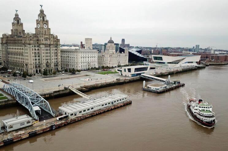 Liverpool-perde-estatuto-de-patrimonio-mundial-e-o-Everton-e-um-dos-culpados-milenio-stadium-desporto