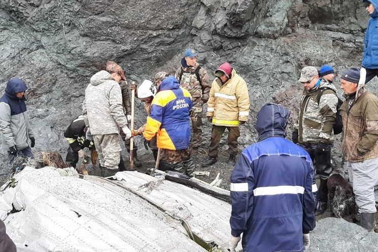 Recuperados restos mortais de 19 vítimas em acidente de avião na Rússia - milenio stadium - mundo