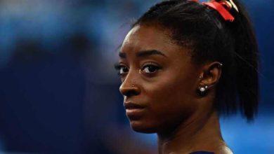 Simone-Biles-renuncia-a-final-individual-do-concurso-completo-milenio-stadium-desporto