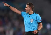Felix-Brych-e-o-arbitro-para-o-encontro-entre-Benfica-e-PSV-milenio-stadium-desporto