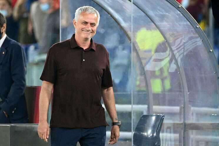 Golo-aos-91-minutos-da-vitoria-a-Mourinho-no-jogo-mil-da-carreira-mileinio-stadium-desporto
